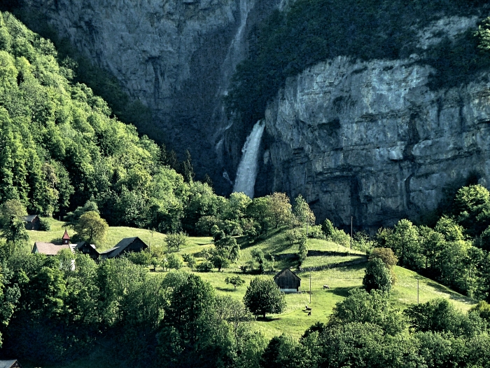 seerenbach-falls
