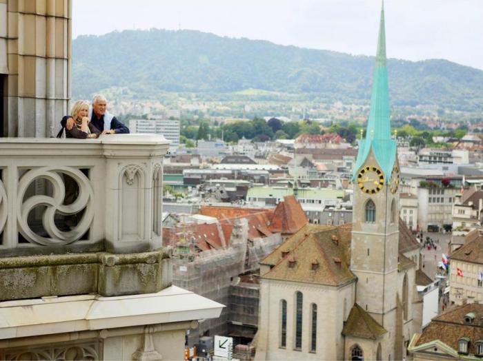 web_zurich_sightseeing_karlsturm-grossmuenster_04